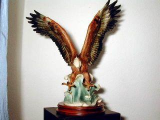 Großer Porzellan - Keramik Fischadler - 60 Jahre Bild