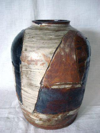 Großartige Künstler Keramik Vase Mit Glasiertem Abstrakten Ritzdekor,  Signiert Bild