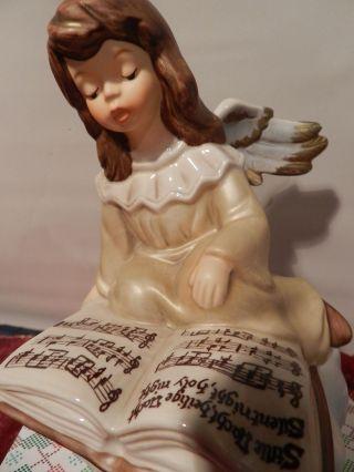 Goebel Porzellan Engel Auf Wolke Mit Buch -