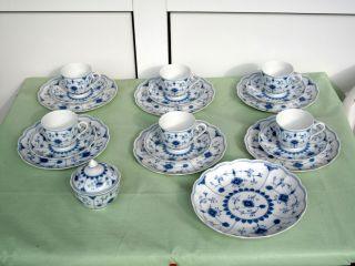 Kaiser Bornholm - Je 6 Tassen Und Untere,  6 Kuchenteller,  1 Zuckerdose,  1 Teller Bild