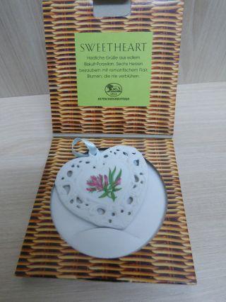 - - Hutschenreuther - - Sweetheart Herz Baumschmuck Biskuit Porzellan Alpenklee Bild