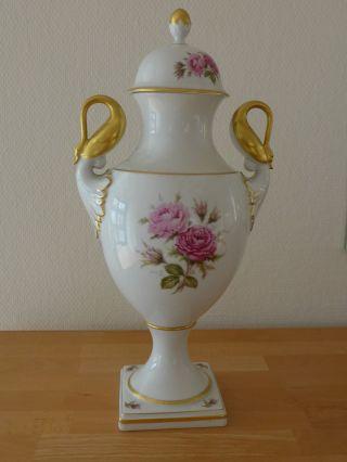 Amphore,  Vase,  Prunkgefäß Von Ak Kaiser,  Rosendekor,  Höhe 33 Cm Bild