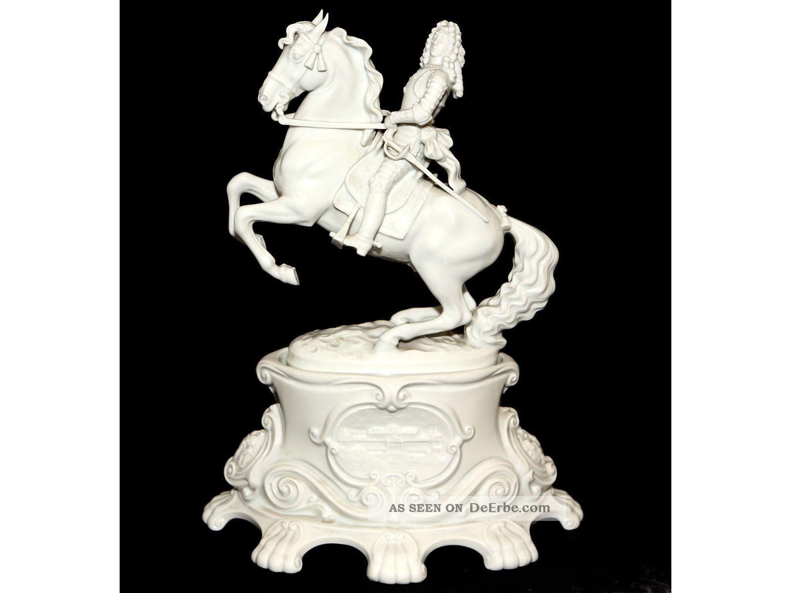 antike porzellan figur prinz eugen am pferd auf podest manufaktur augarten. Black Bedroom Furniture Sets. Home Design Ideas