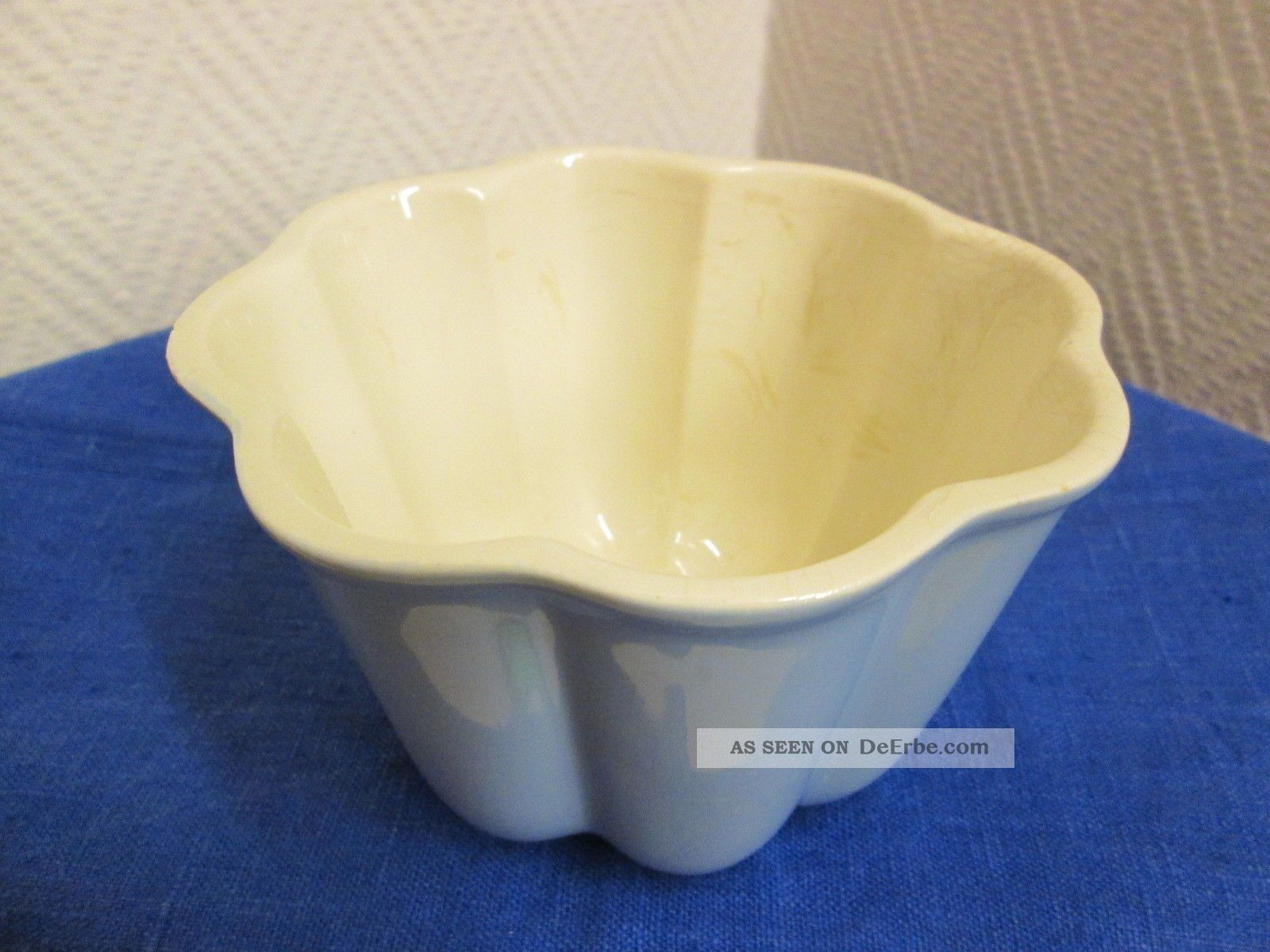 alte puddingform aus porzellan keramik. Black Bedroom Furniture Sets. Home Design Ideas