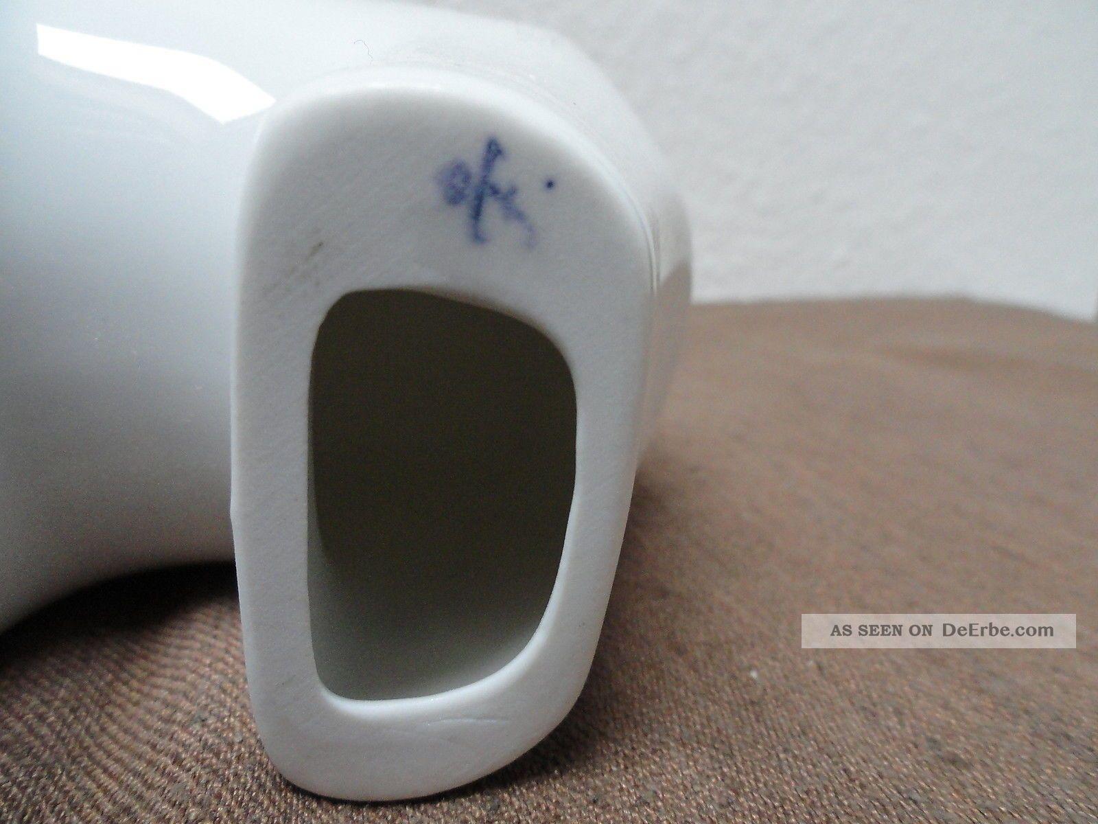 Symbol Der Börse: Bulle Und Bär Aus Porzellan Von Fürstenberg