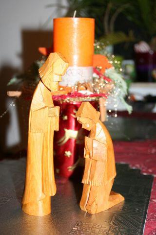 2 WunderschÖne Alte Krippenfiguren,  Edles Honigfarbiges Holz,  Holzschnitzerei Bild