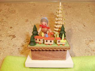 Erzgebirge Spielzeug Verkaufsstand Bild