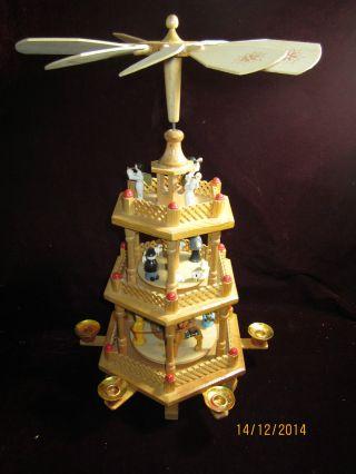 Alte Pyramide 3stöckig Mit Christi Geburt Krippe Engel Um 1970 In Ovp Bild