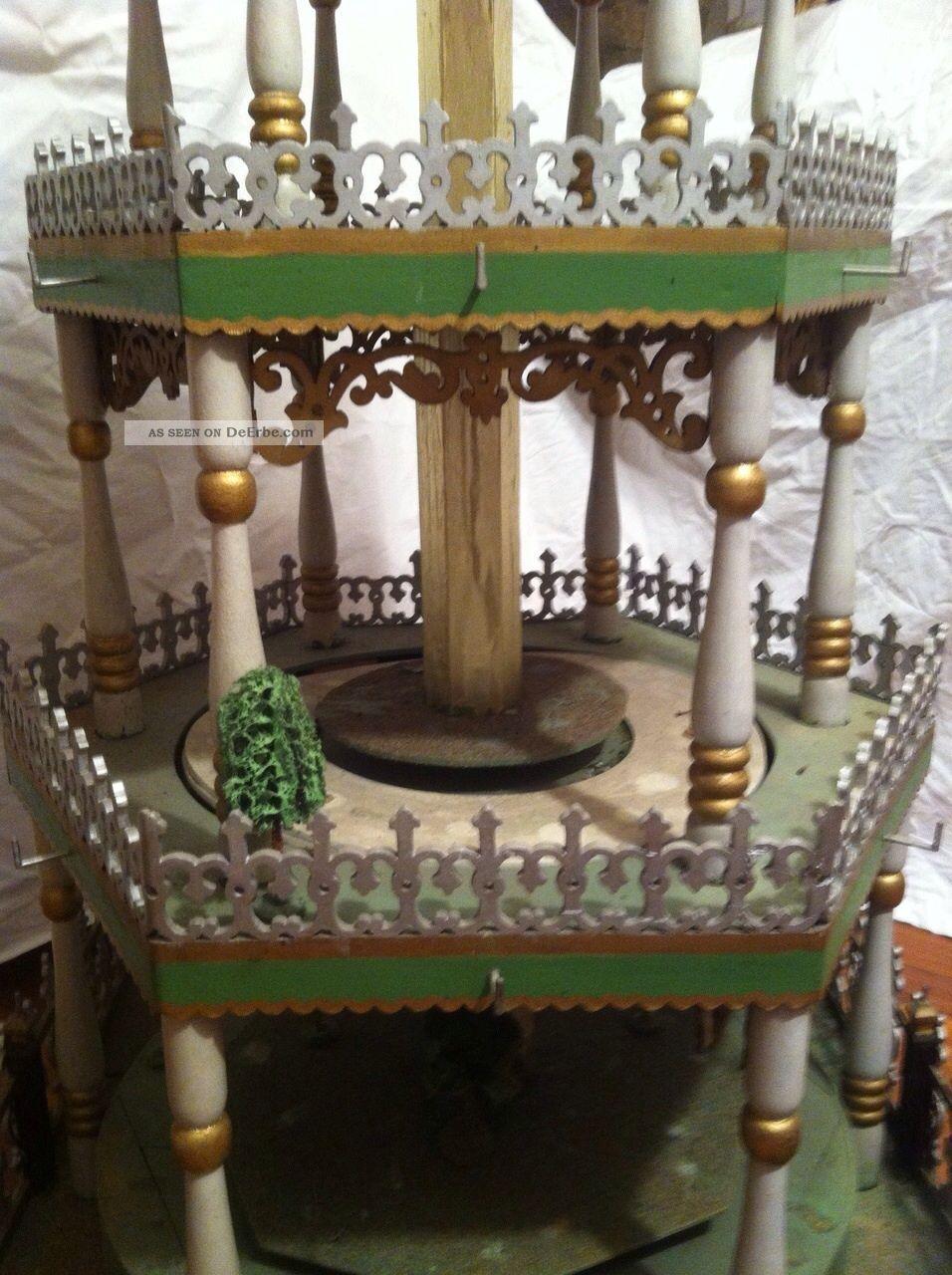 sehr alte gro e weihnachtspyramide aus dem erzgebirge. Black Bedroom Furniture Sets. Home Design Ideas