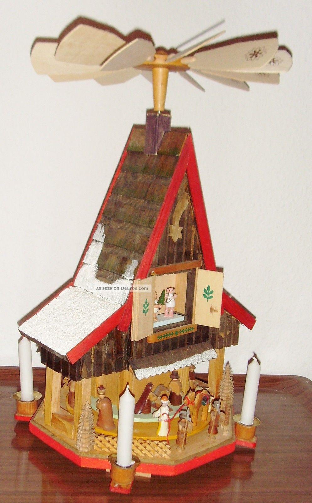 aus einer haushaltaufl sung stammt diese pyramide aus den erzgebirge ca 1965 70. Black Bedroom Furniture Sets. Home Design Ideas