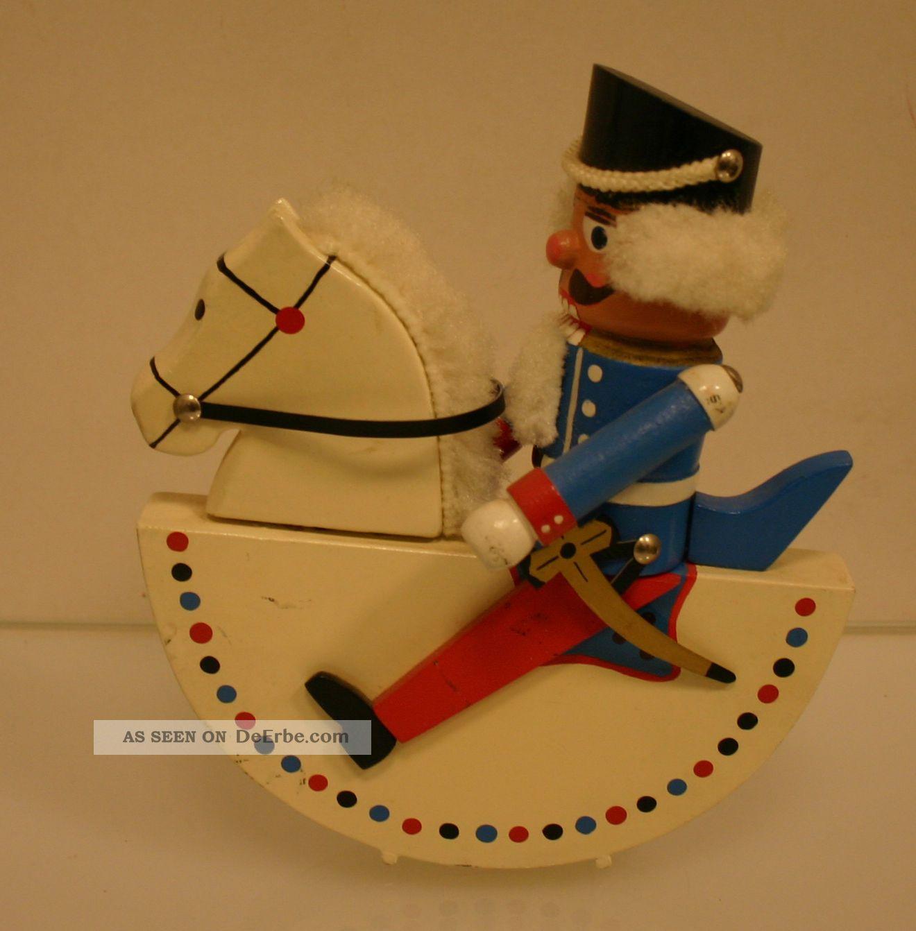 Erzgebirge, Nussknacker Soldat Auf Schaukelpferd, Alt, Holz