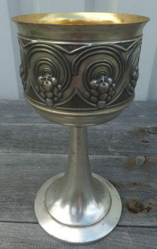 Grosser Alter Kelch Weinkelch Pokal Trauben Jugendstil Bild