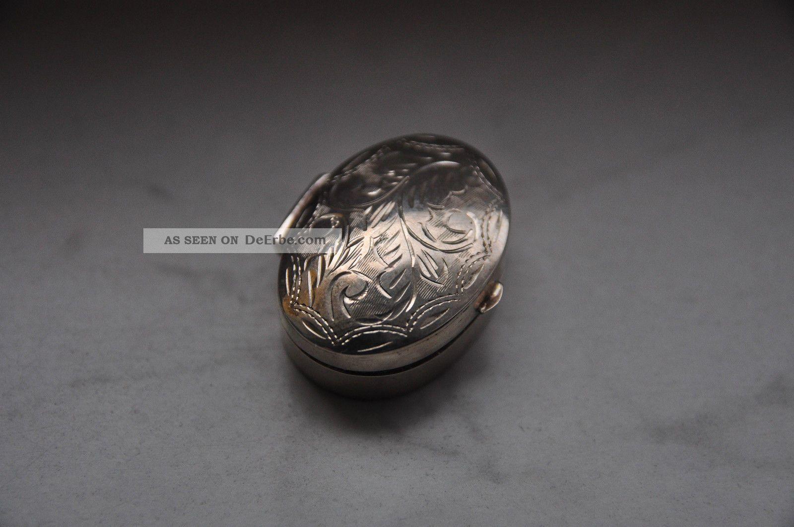 Antikes Silberdöschen Objekte vor 1945 Bild