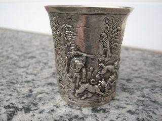 Sehr Schöner 835 Silberbecher Trinkbecher Becher Silber Mit Jagdmotiven Bild