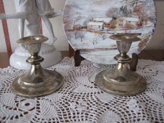 Zwei Alte Kerzenhalter Kandelaber Kerzenständer Metall Versilbert Deko Shabby Bild