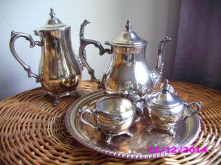 Prachtvolles Silbernes Kaffeeset,  Teeset - 2 Kannen,  Milchkännchen,  Zuckerdose Bild