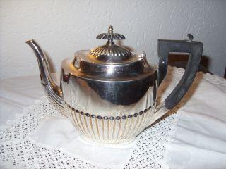 Englische Teekanne,  Walker& Hall,  1880,  Versilbert Bild
