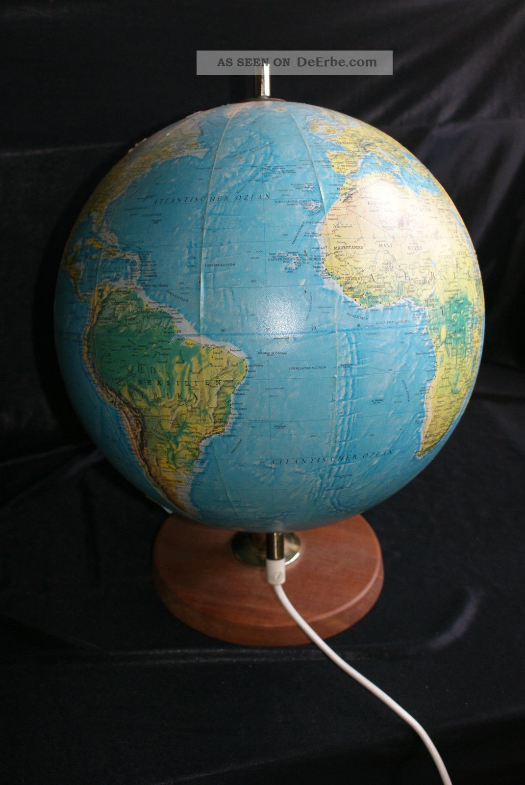 scan globe a s d nemark von 1970 globus mit beleuchtung. Black Bedroom Furniture Sets. Home Design Ideas