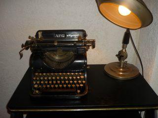 Aeg Olympia Alte Antike Schreibmaschine Um 1900 Schwarz Allgemeine Elektricitäts Bild