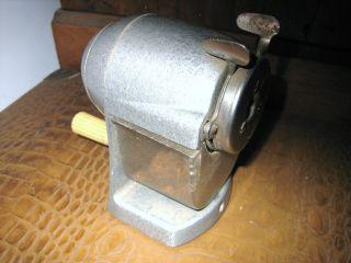 Bleistiftanspitzer - Tischspitzer Metalguß/bakelite/kunststoff Bild