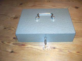 Alte Geldkassette Metall Kassette 50er Jahre 1,  5 Kg Mit Schlüssel Bild