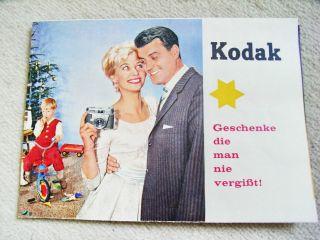Kodak Kameraprospekt Von 1960,  Mit Kameras Und Zubehör Bild