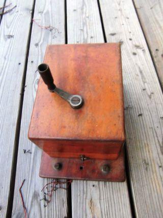 Kurbelinduktor Um 1900 - Vermutlich Für Auslösung Von Läutewerk Bild