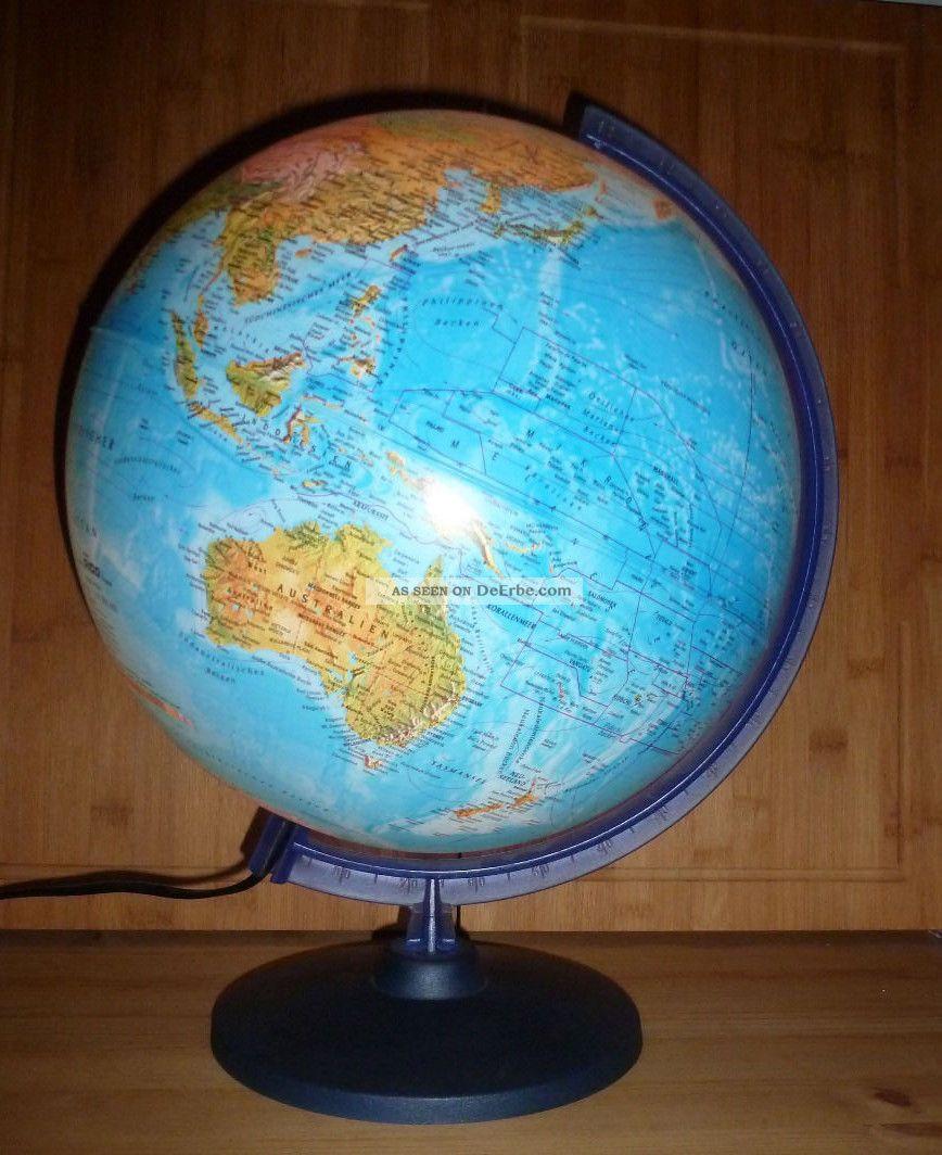 gro er globus aus kunststoff mit leuchtfunktion. Black Bedroom Furniture Sets. Home Design Ideas