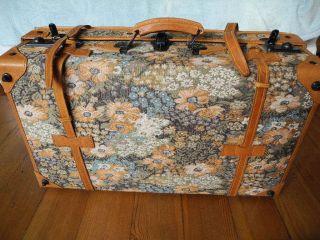 Gobelin & Leder Koffer Mit Schlüssel 68 Cm X 40 Cm X 21 Cm Neuwertig Bild