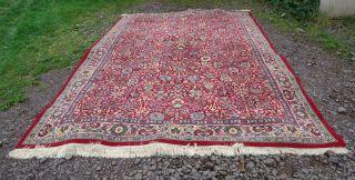Schöner Teppich Im Orientalischen Stil Gehalten Mit Schönem Motiv,  Wert Teppich Bild