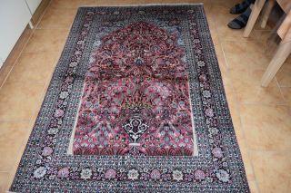 Orientteppich,  Kaschmir - Reine Seide,  Maße 182x126 Bild