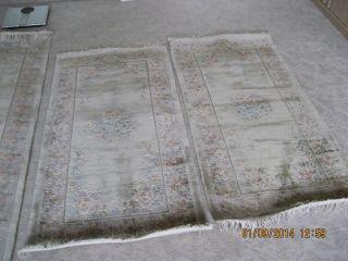 Chinesischer Seidenteppich,  Bettumrandung 2 Mal 70 Mal 140 Cm.  1 70 Mal 340 Cm Bild
