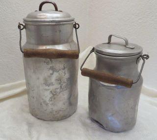Alte Milchkanne,  Aluminium,  Mit Deckel Und Holzhenkel,  3 L Und 1,  5 L,  Look Bild