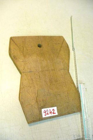 Nr.  9242.  Altes Schinkenbrett Holzbrett Old Wooden Bread Board Bild