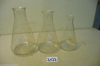7177.  3 Stck.  Alte Laborgläser Apotheker Glas Bild