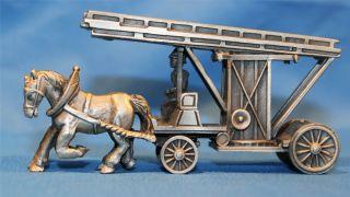 Zinnmodell Antike Feuerwehrleiter Pferdegespann Bild