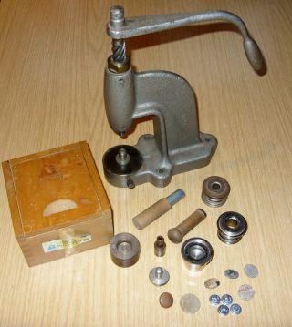 Polsterknopfmaschine Sattler Werkzeug Aus Großelters Zeiten Bild