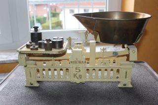 Top Antike Schalenwaage / Krämerwaage Aus Eisen Für Sammler Und Liebhaber Bild