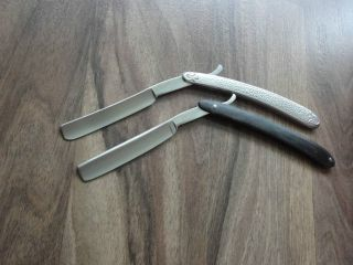 2 Rasiermesser Solingen Mit Boxen Schalen Aus Metall In Silber - Straight Razor Bild