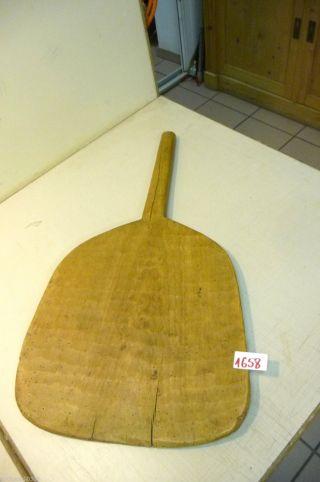 Nr.  1658.  Altes Schinkenbrett Holzbrett Schneidebrett Old Wooden Bread Board Bild