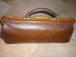 Wunderschöne Alte Arzttasche Aus Leder,  Sehr Gut Erhalten Bild
