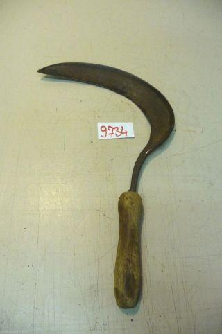Nr.  9734.  Alte Sichel Werkzeug Old Hand Sickle Old Farm Tool Bild