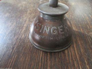 Altes Ölkännchen Öler Ölkanne Messing Singer Made In Usa Um 1910 Bild