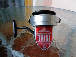 Trixi B Rot Made In Austria Old Vintage Reel Rarität Sammlerstück Aho Bild