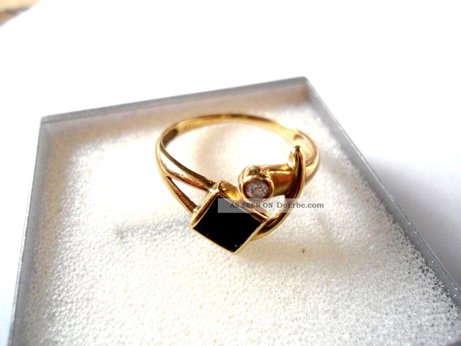 Goldring mit schwarzem stein  333er Gold Ring - Mit Schwarzen Stein Und 1 Diamanten - - Neuwertig -