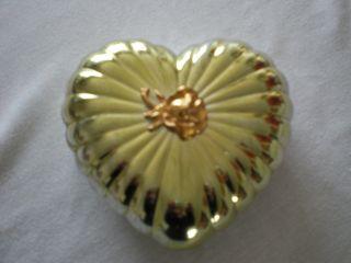 Wm.  A.  Roberts Ltd Japan Schmuckschatulle Herz Metall Glänzend Deckeldose Bild