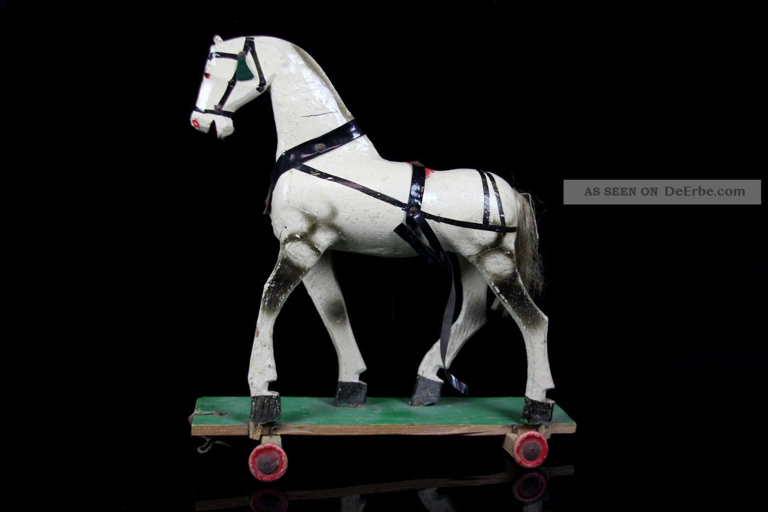antikes spielzeug pferd schimmel aus holz nachziehtier. Black Bedroom Furniture Sets. Home Design Ideas