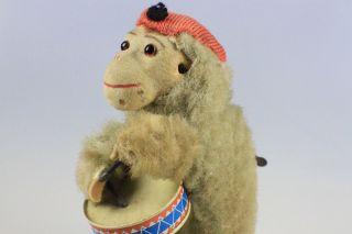 Speilzeug Antikes Blechspielzeug Affe Der Trommler Mit Stoffkörper Bild