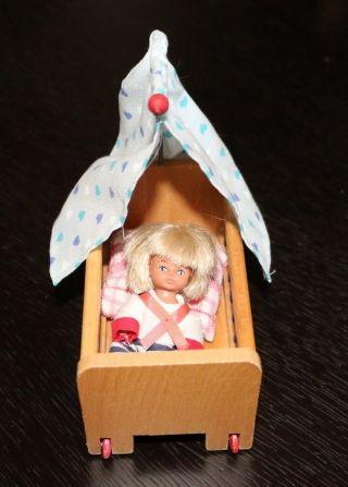 antikspielzeug puppen zubeh r puppenstubenzubeh r nostalgieware nach 1970 accessoires. Black Bedroom Furniture Sets. Home Design Ideas