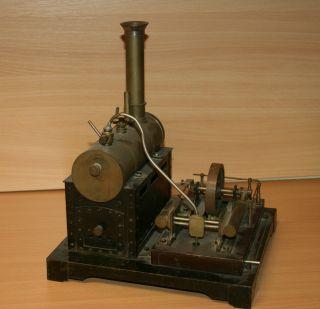 Schwere,  Massive 2 Zylinder Dampfmaschine Bild